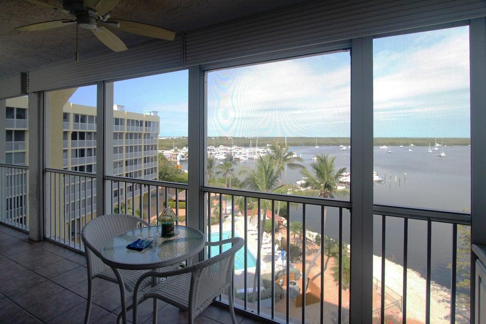 Condominio per Vendita alle ore 200 Harborview Drive 200 Harborview Drive Key Largo, Florida 33070 Stati Uniti
