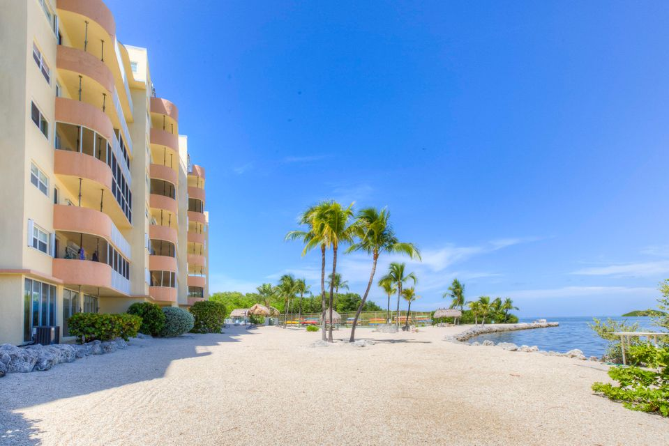 Additional photo for property listing at 200 Wrenn Street 200 Wrenn Street Islamorada, Florida 33070 Hoa Kỳ