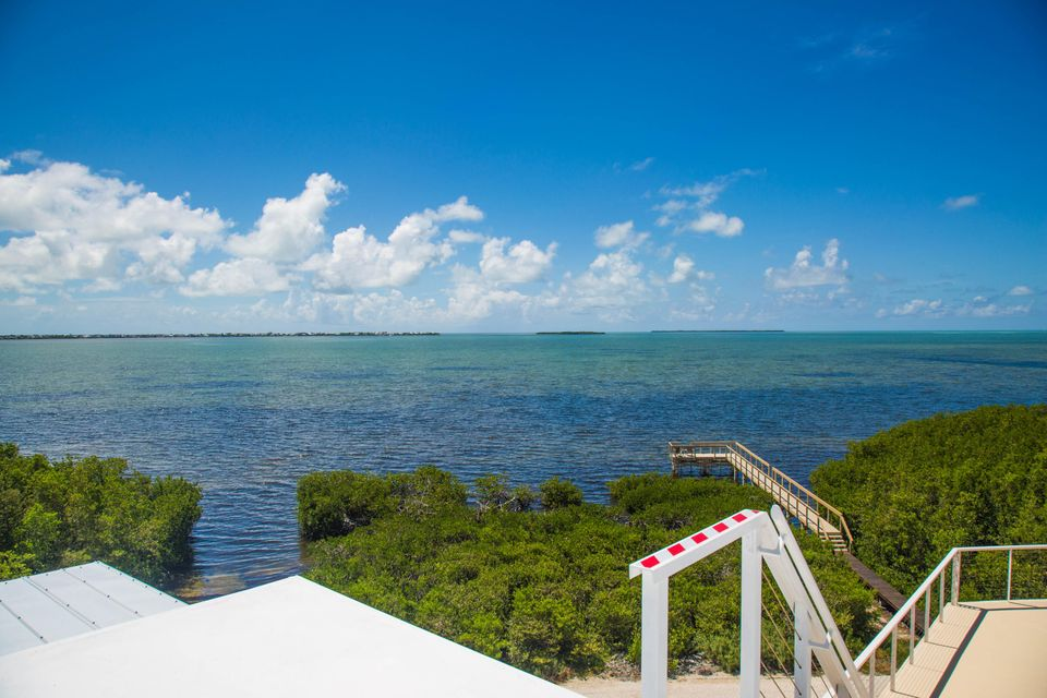 Additional photo for property listing at 225 Colson Drive 225 Colson Drive Cudjoe Key, Florida 33042 Stati Uniti