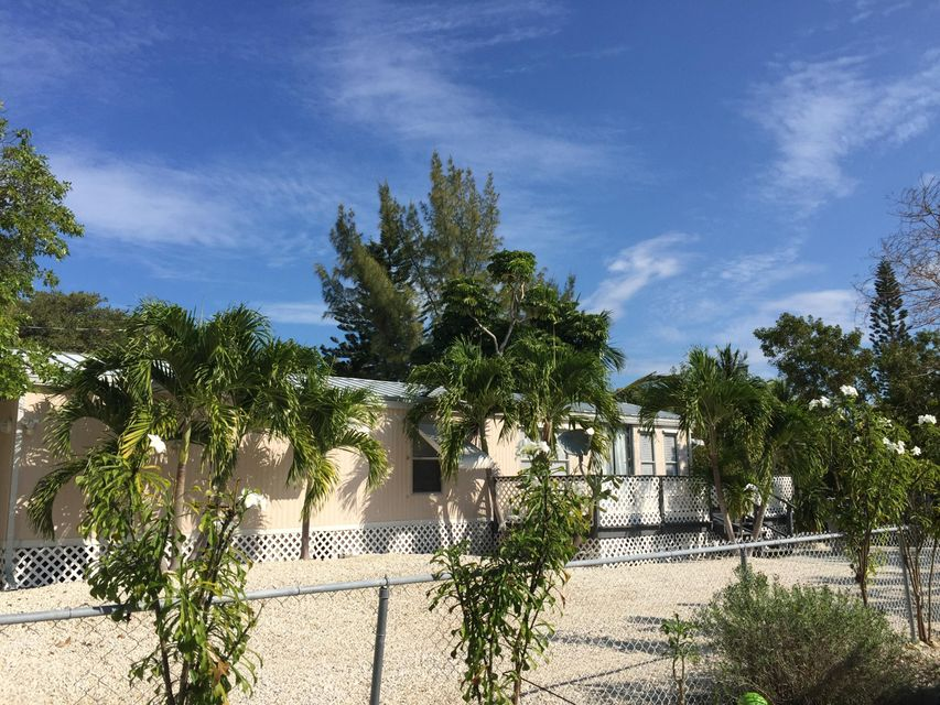 Single Family Home for Rent at 1679 Pine Channel Drive Summerland Key, Florida 33042 United States