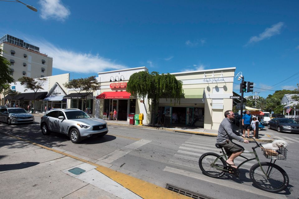 Additional photo for property listing at 400 Duval Street 400 Duval Street Key West, Florida 33040 Hoa Kỳ