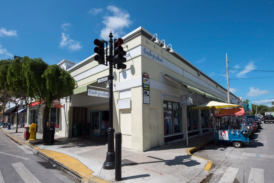 Additional photo for property listing at 400 Duval Street  Key West, Florida 33040 Estados Unidos