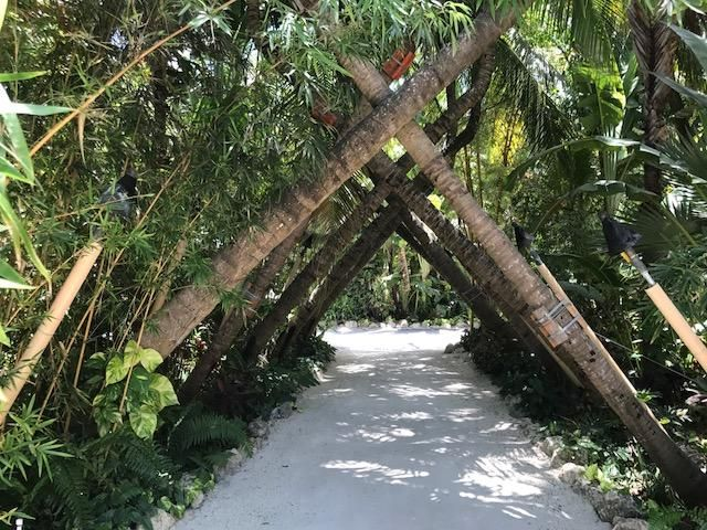 Additional photo for property listing at 81801 Overseas Highway 81801 Overseas Highway Islamorada, Florida 33036 Estados Unidos