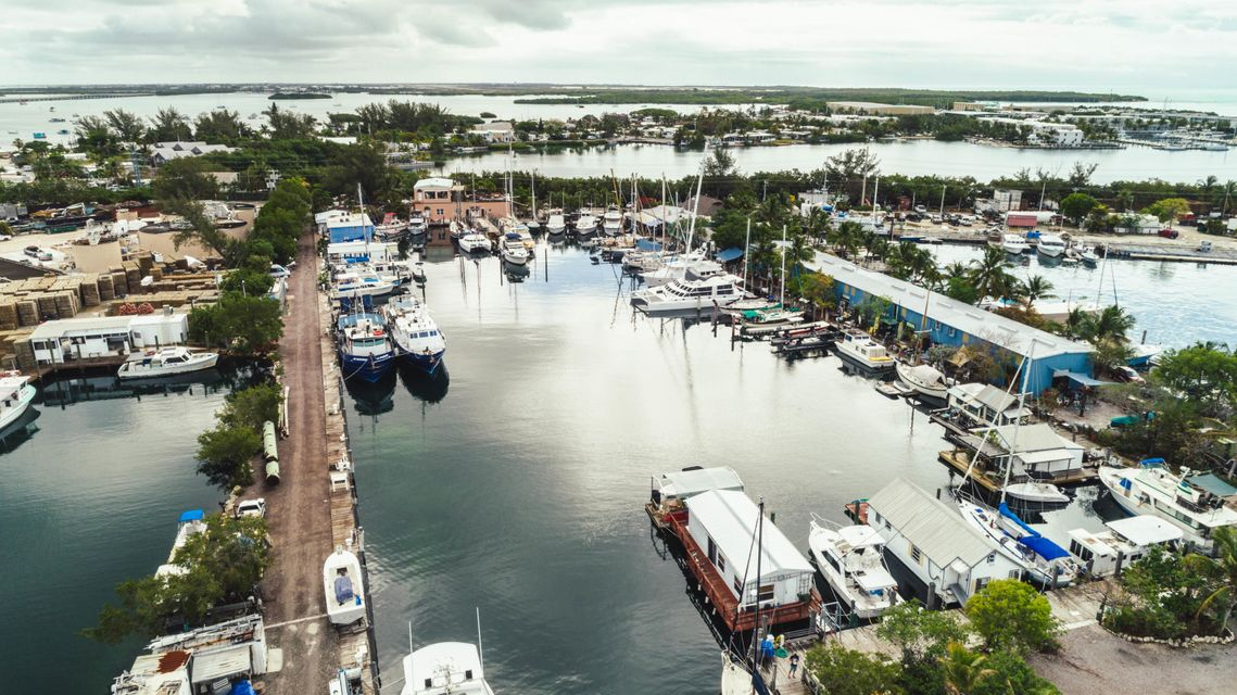 Additional photo for property listing at 6810 Front Street 6810 Front Street Stock Island, Florida 33040 Estados Unidos