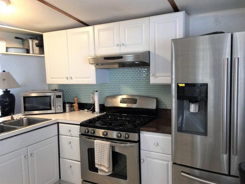 Additional photo for property listing at 27944 Tarpon 27944 Tarpon Little Torch Key, Florida 33042 Verenigde Staten