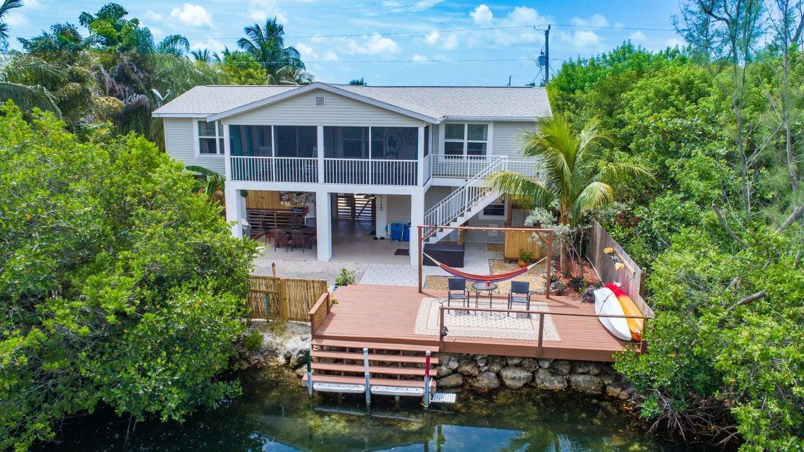 17305 Jamaica Lane, Sugarloaf Key, FL 33042