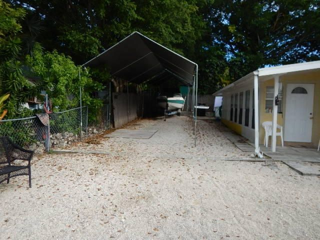 Single Family Home for Sale at 72 Avenue C Avenue 72 Avenue C Avenue Key Largo, Florida 33037 United States