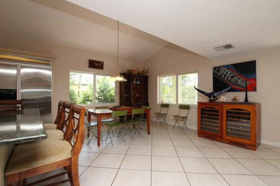 Additional photo for property listing at 223 Mohawk Street 223 Mohawk Street Islamorada, Florida 33070 Estados Unidos