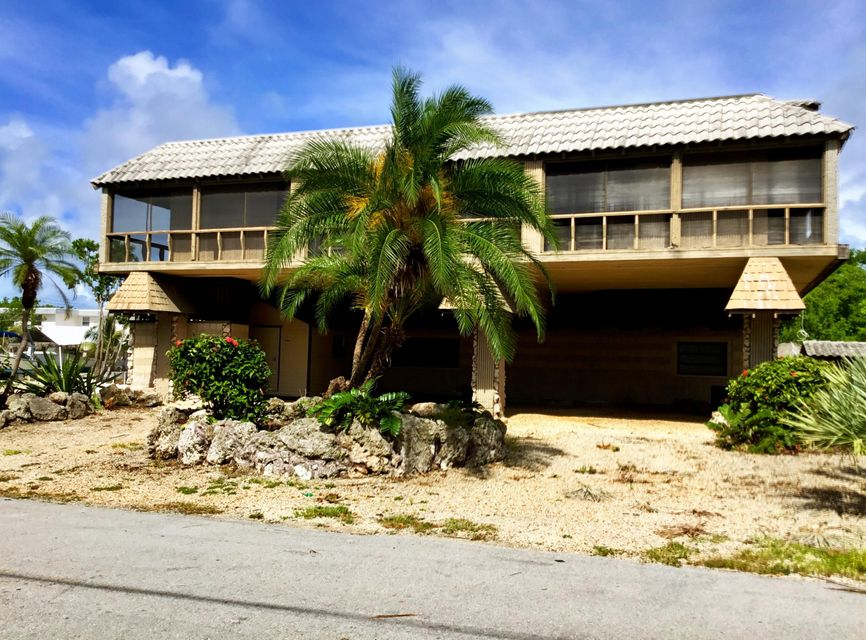 Single Family Home for Sale at 210 Wildwood Circle 210 Wildwood Circle Key Largo, Florida 33037 United States