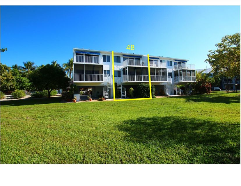Additional photo for property listing at 95 Coco Plum Drive 95 Coco Plum Drive Marathon, Florida 33050 Stati Uniti