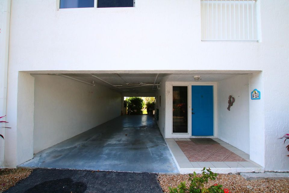 Additional photo for property listing at 95 Coco Plum Drive 95 Coco Plum Drive Marathon, フロリダ 33050 アメリカ合衆国