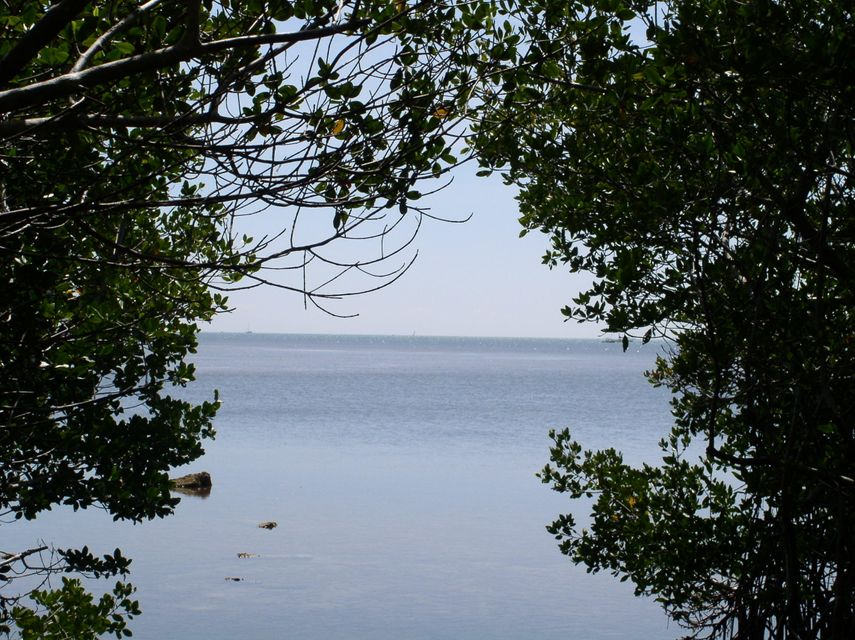 Land for Sale at 8 East 2nd Street 8 East 2nd Street Key Largo, Florida 33037 United States