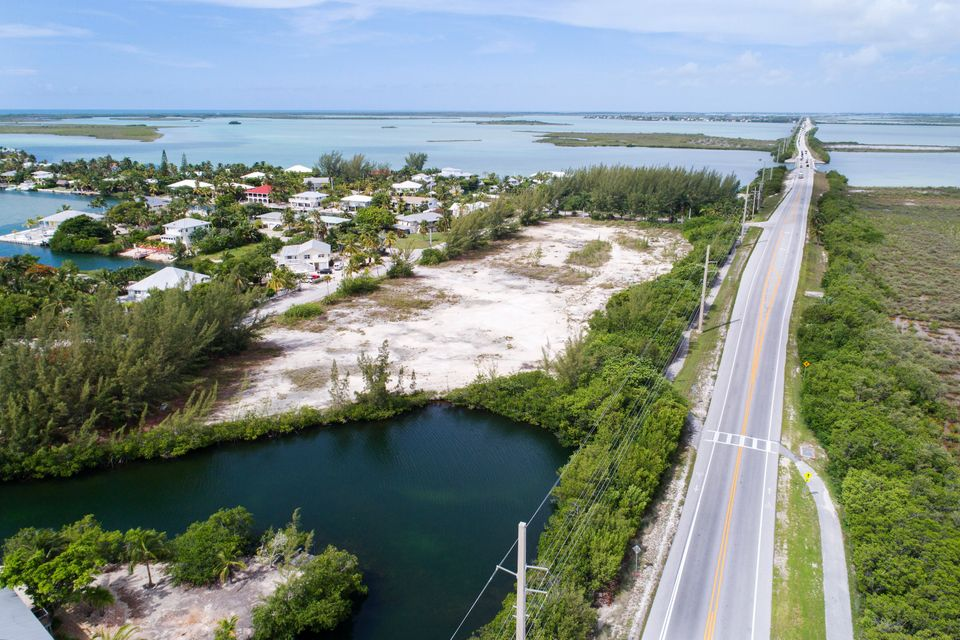 Commercial for Sale at Vacant Land Sugarloaf, Florida 33042 United States