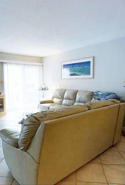 Additional photo for property listing at 201 East Ocean Drive Drive  Key Colony, Florida 33051 Hoa Kỳ