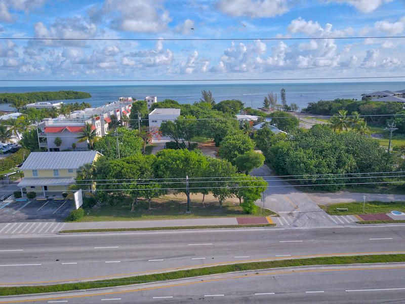 Additional photo for property listing at 14 125th Street Gulf 14 125th Street Gulf Marathon, Florida 33050 Verenigde Staten