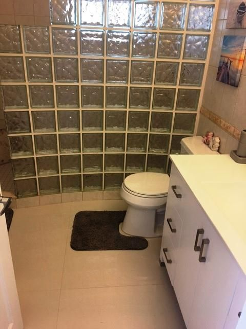 Additional photo for property listing at 58080 Overseas Highway 58080 Overseas Highway Marathon, Florida 33050 États-Unis