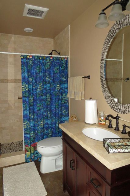 Additional photo for property listing at 126 Lorelane Place 126 Lorelane Place Key Largo, Florida 33037 Stati Uniti