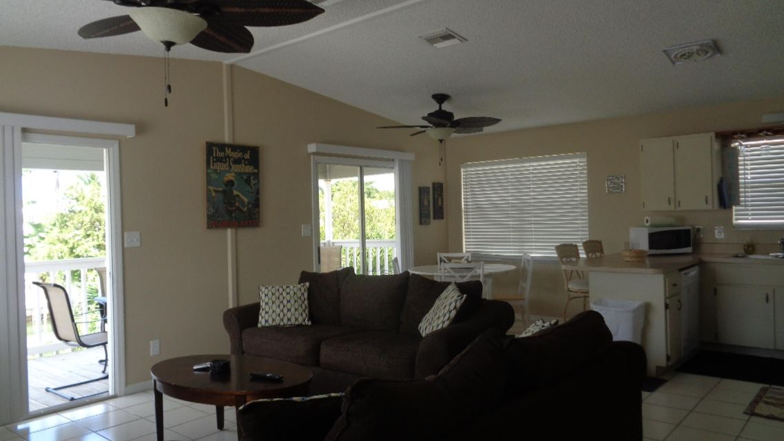 Additional photo for property listing at 329 Sombrero Beach Road 329 Sombrero Beach Road Marathon, Florida 33050 Estados Unidos