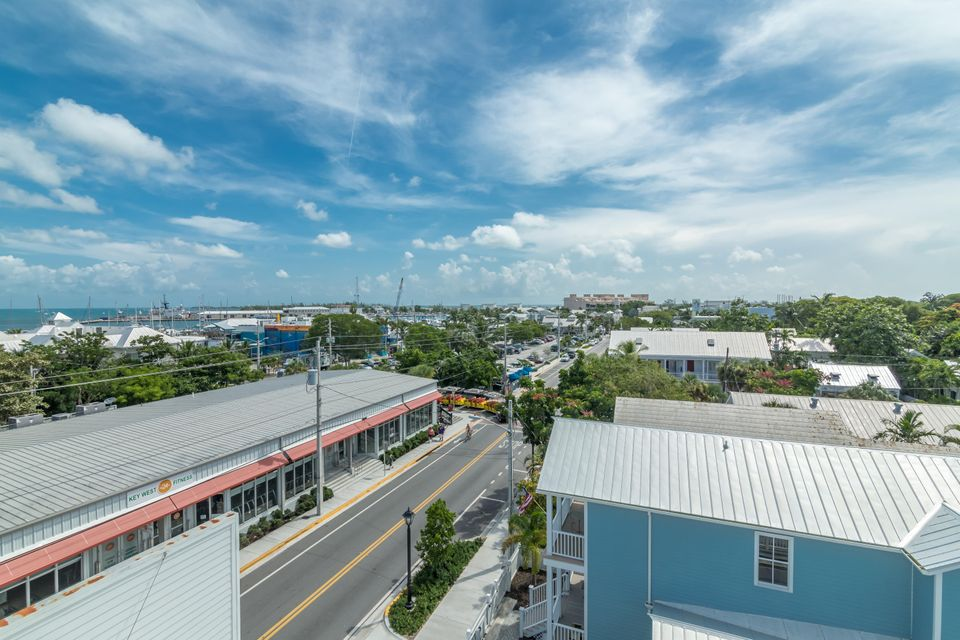 Additional photo for property listing at 720 Caroline Street 720 Caroline Street Key West, Florida 33040 États-Unis