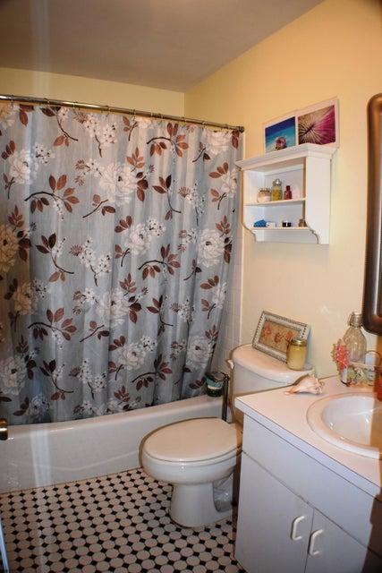 Additional photo for property listing at 820 4th Street  Big Coppitt, Florida 33040 Usa