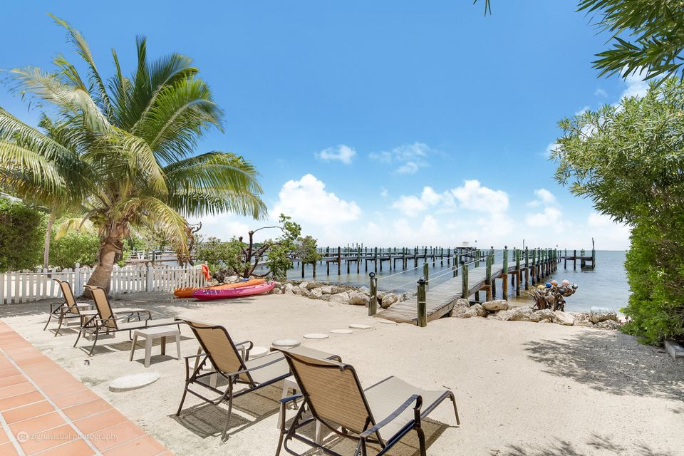 Additional photo for property listing at 224 Tarpon Street 224 Tarpon Street Key Largo, Florida 33070 Estados Unidos