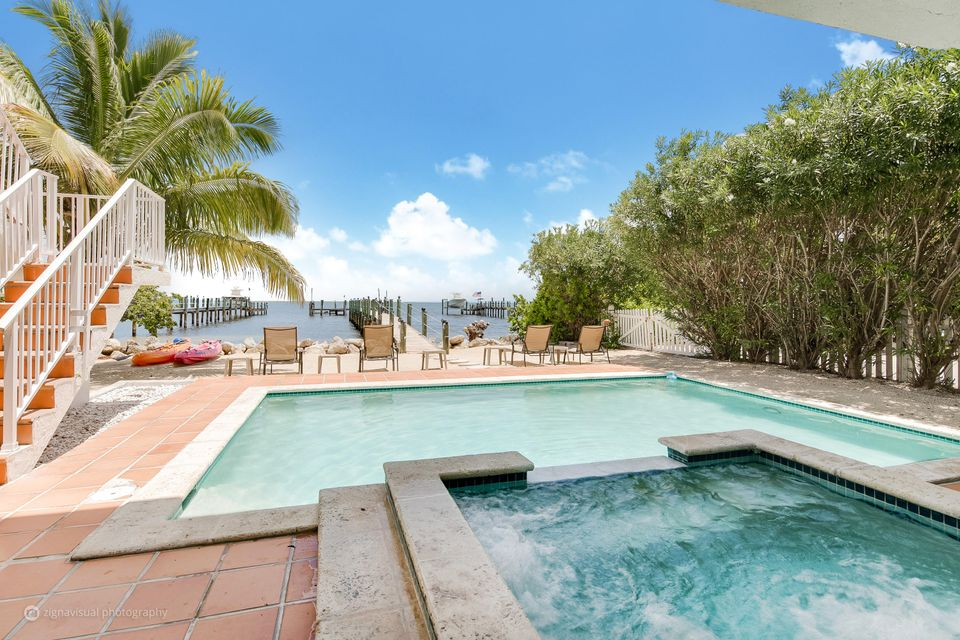 Additional photo for property listing at 224 Tarpon Street 224 Tarpon Street Key Largo, Florida 33070 United States