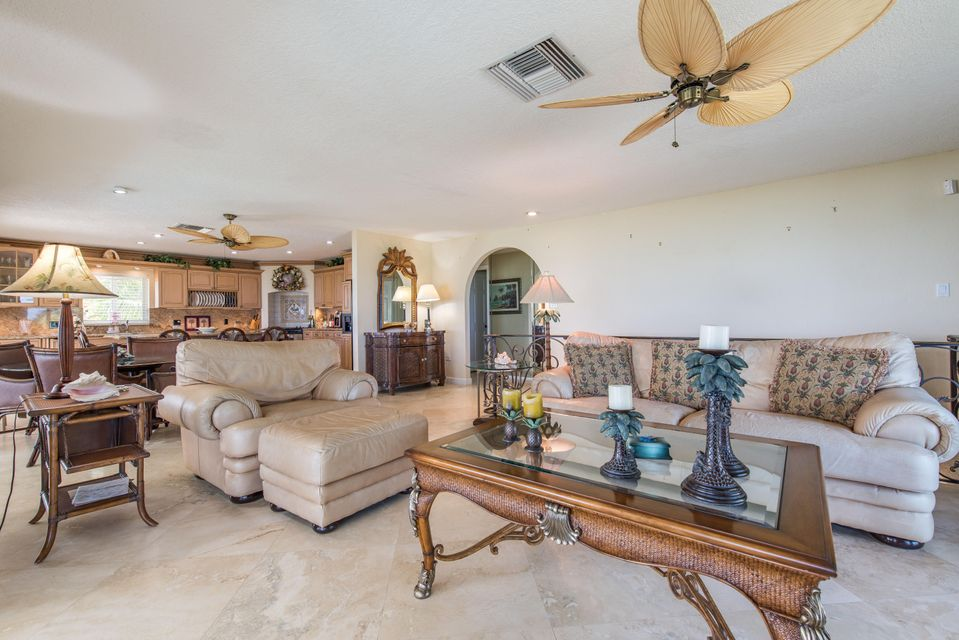 Additional photo for property listing at 254 W Seaview Circle  Duck Key, Florida 33050 Vereinigte Staaten