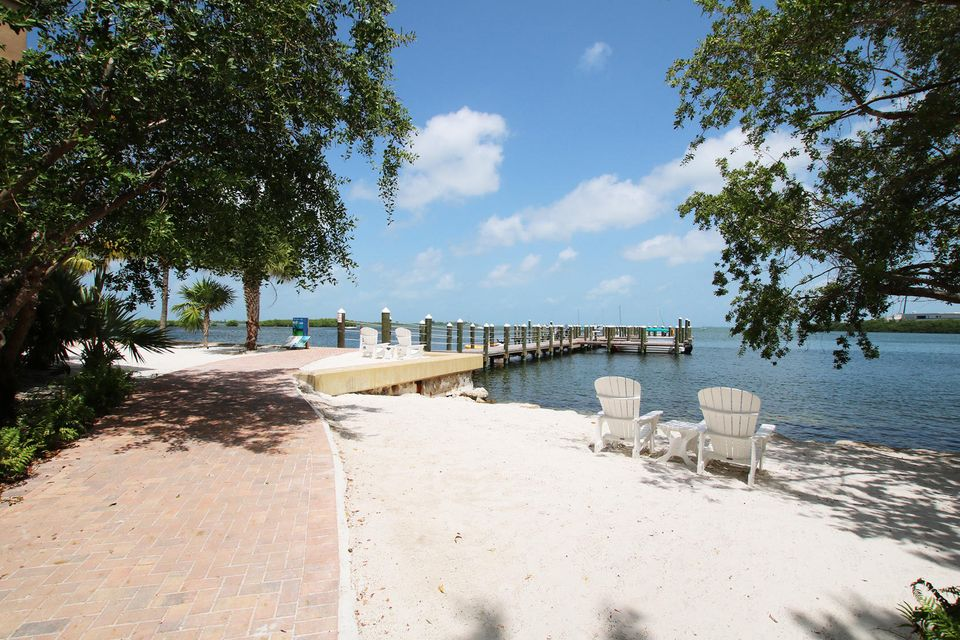 Additional photo for property listing at 3841 N Roosevelt Boulevard 3841 N Roosevelt Boulevard Key West, Florida 33040 Estados Unidos