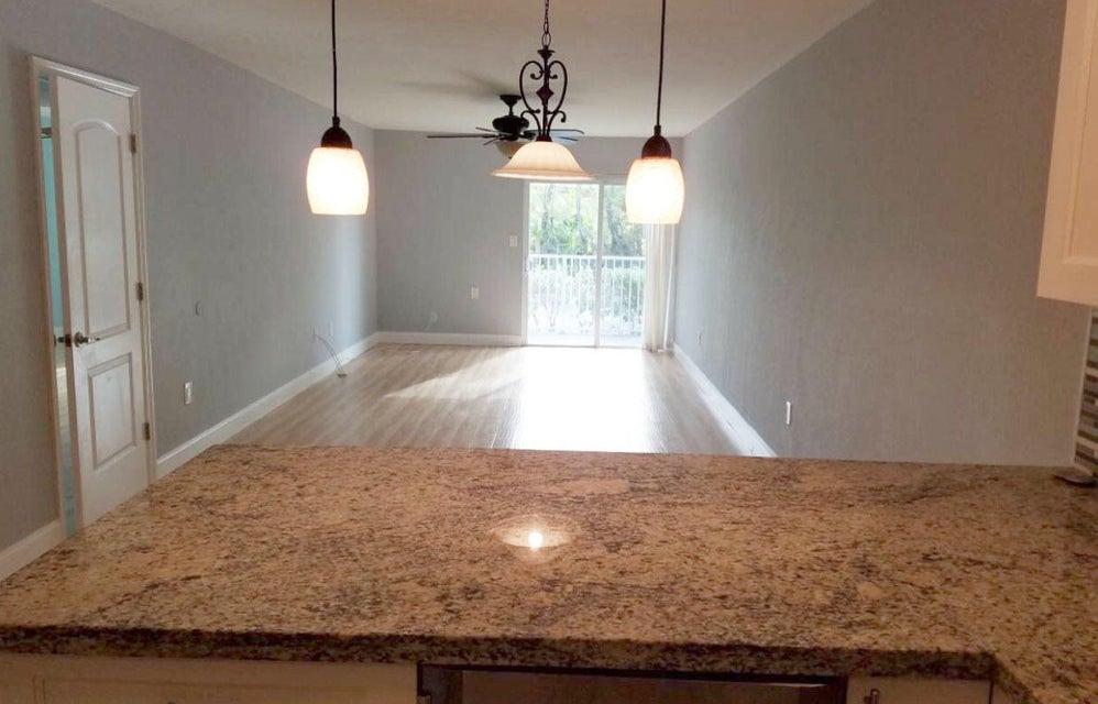 Nhà chung cư vì Thuê tại 201 E Ocean Drive Key Colony, Florida 33051 Hoa Kỳ