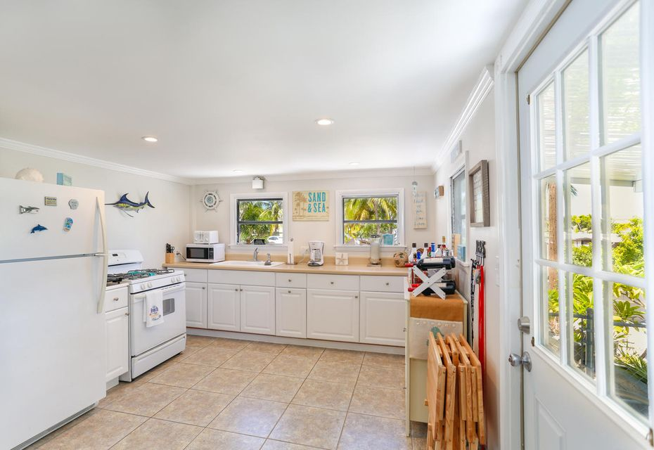 Additional photo for property listing at 6 Swallow Road 6 Swallow Road Key Largo, Florida 33037 États-Unis