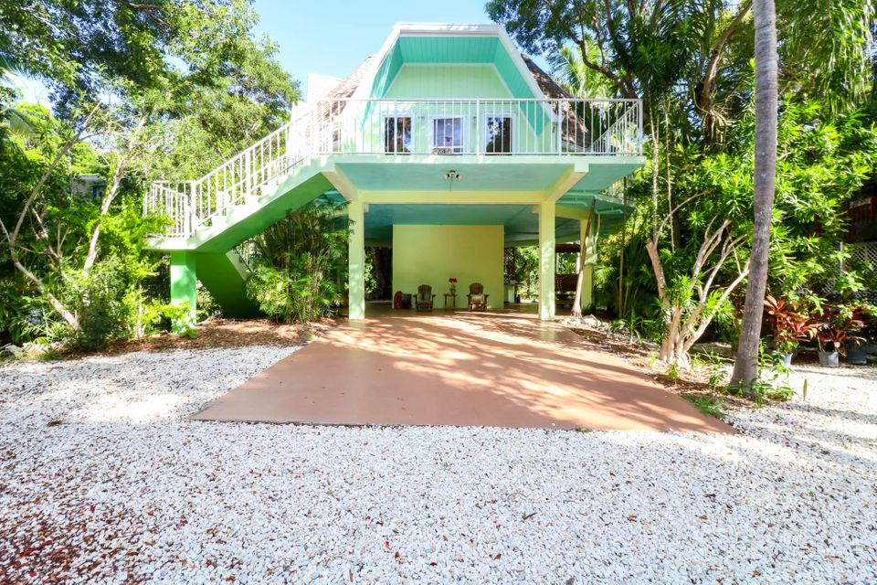 Additional photo for property listing at 241 Buttonwood Shores Drive 241 Buttonwood Shores Drive Key Largo, Флорида 33037 Соединенные Штаты
