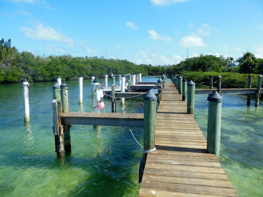 Additional photo for property listing at 12690 Overseas Highway 12690 Overseas Highway Marathon, 플로리다 33050 미국