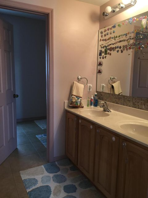 Additional photo for property listing at 8 Jade Drive 8 Jade Drive Big Coppitt, Florida 33040 Verenigde Staten
