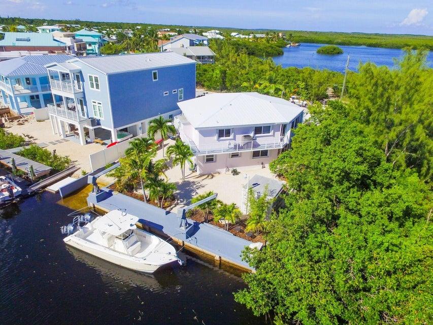 Single Family Home for Sale at 499 La Paloma Road 499 La Paloma Road Key Largo, Florida 33037 United States