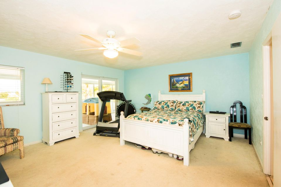 Additional photo for property listing at 121 Mockingbird Lane 121 Mockingbird Lane Marathon, Florida 33050 Estados Unidos