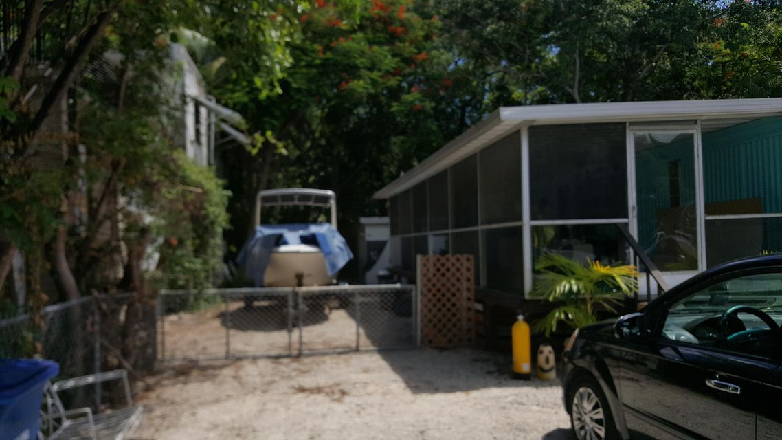 Additional photo for property listing at 124 Buttonwood Avenue 124 Buttonwood Avenue Key Largo, Florida 33037 Estados Unidos