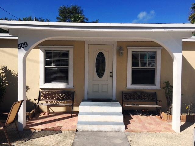 獨棟家庭住宅 為 出售 在 509 50Th Street Gulf Marathon, 佛羅里達州 33050 美國