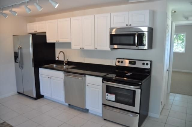 Additional photo for property listing at 600 51St Street 600 51St Street Marathon, Florida 33050 Usa