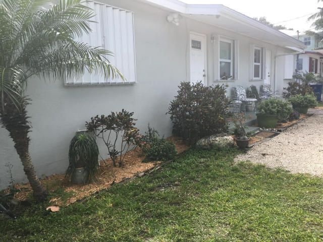 Additional photo for property listing at 10895 7th Ave Gulf 10895 7th Ave Gulf Marathon, Флорида 33050 Соединенные Штаты