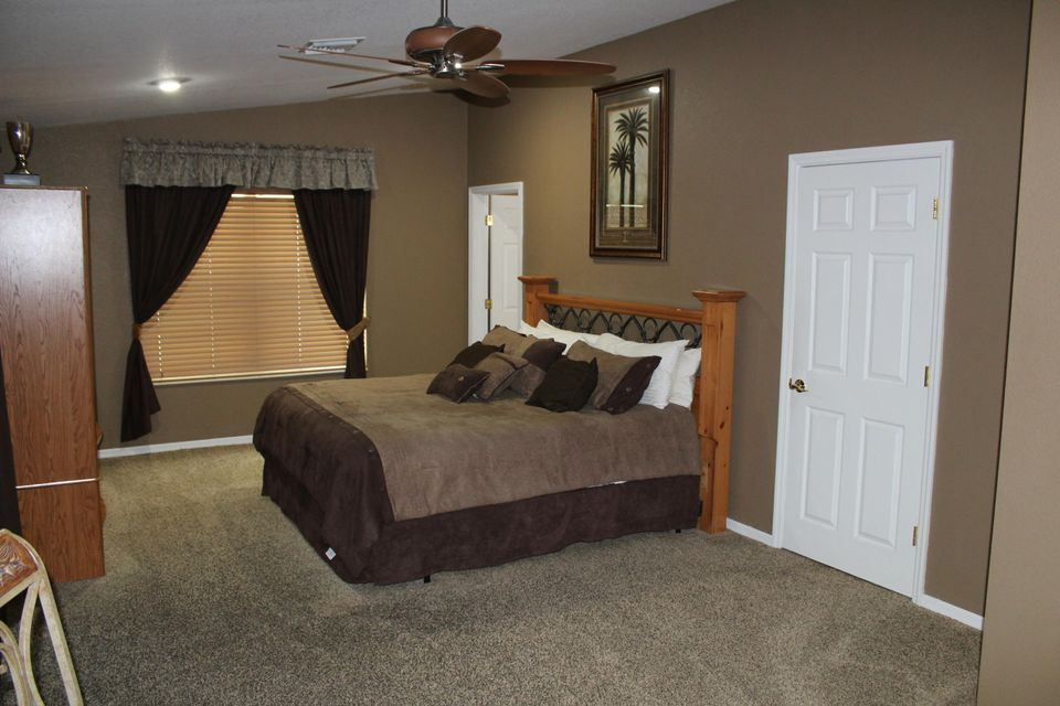 Additional photo for property listing at 20 Emerald Drive 20 Emerald Drive Big Coppitt, Florida 33040 United States