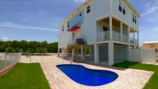 Additional photo for property listing at 203 Sombrero Beach Road 203 Sombrero Beach Road Marathon, Florida 33050 Estados Unidos