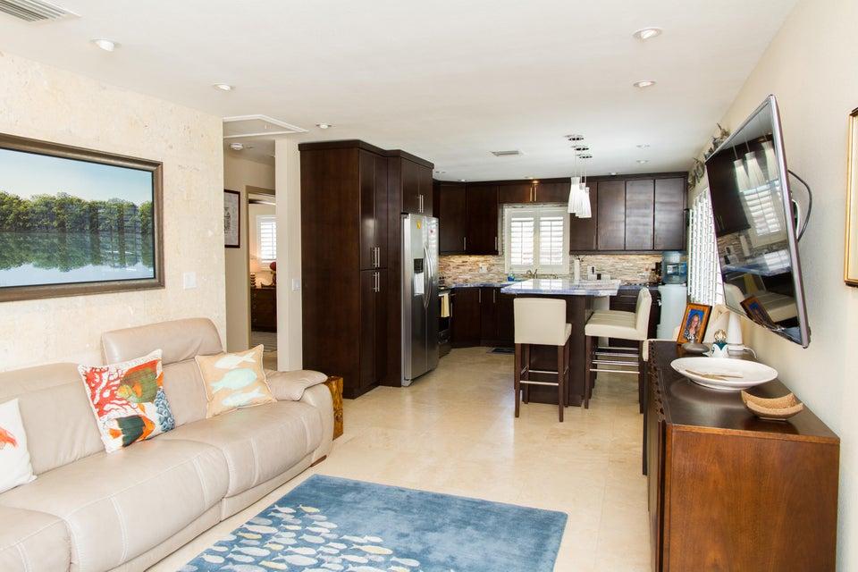 Casa para uma família para Locação às 195 Azalea Street Islamorada, Florida 33070 Estados Unidos