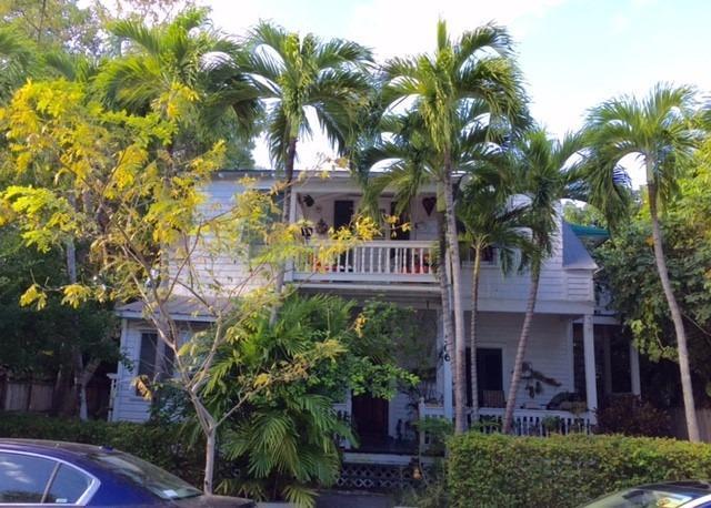 商用 为 销售 在 506 Frances Street Key West, 佛罗里达州 33040 美国