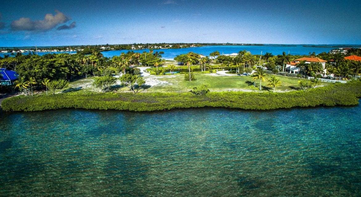 土地,用地 为 销售 在 3 Tiburon Circle 3 Tiburon Circle Shark Key, 佛罗里达州 33040 美国