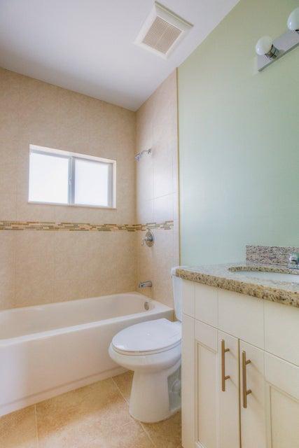 Additional photo for property listing at 28 S Blackwater Lane 28 S Blackwater Lane Key Largo, Florida 33037 Estados Unidos