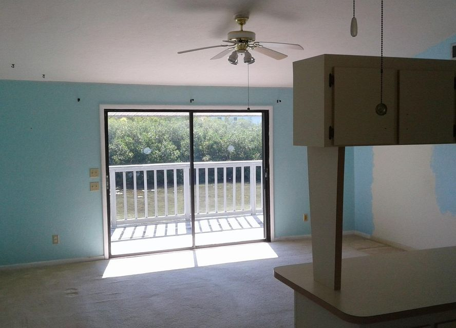 Additional photo for property listing at 700 122Nd Street Ocean Street 700 122Nd Street Ocean Street Marathon, Florida 33050 United States