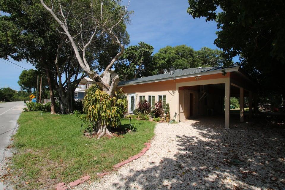 Additional photo for property listing at 87552 Old Highway 87552 Old Highway Islamorada, Florida 33036 Estados Unidos