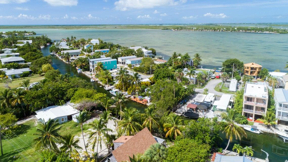 Eensgezinswoning voor Verkoop een t 20 Bay Drive 20 Bay Drive Saddlebunch, Florida 33040 Verenigde Staten