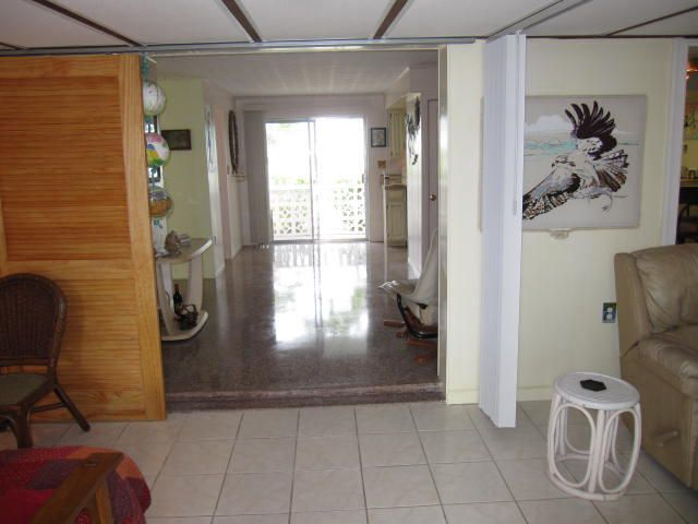 Additional photo for property listing at 1659 Narcissus Avenue 1659 Narcissus Avenue Big Pine Key, 플로리다 33043 미국