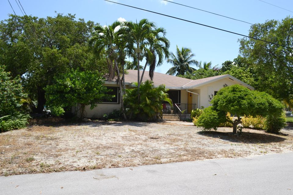 Single Family Home for Sale at 21052 6th Avenue 21052 6th Avenue Cudjoe Key, Florida 33042 United States